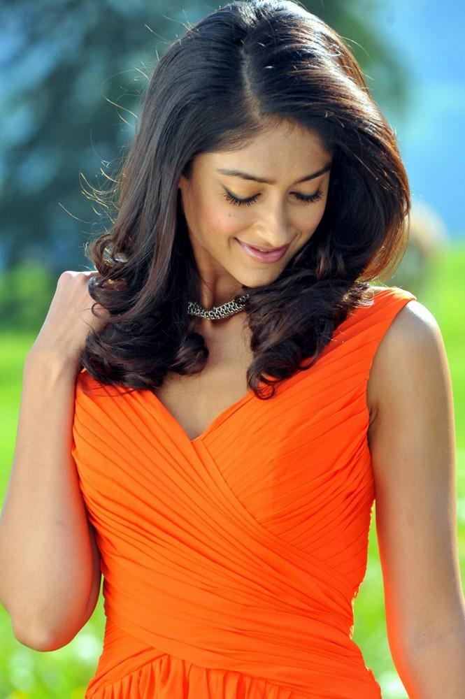 Ileana photo gallery in sleeveless long dress