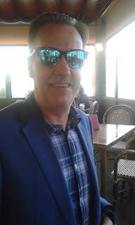 Jaime Jalón con las Gafas de Sol Arizona SunGlasses
