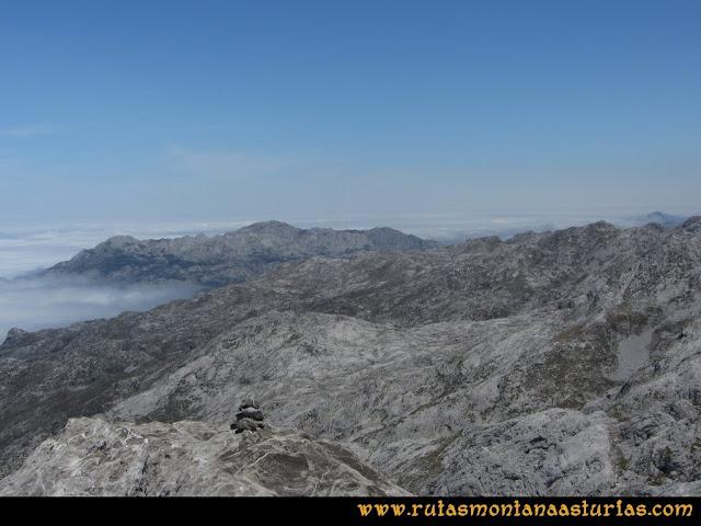 Mirador de Ordiales y Cotalba: Desde el Cotalba al Cabeza Ubena.
