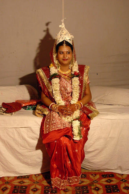 Bengali bride in traditional dress