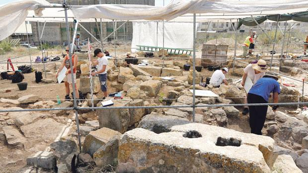 Uncovering Punic remains in Malta's Żejtun