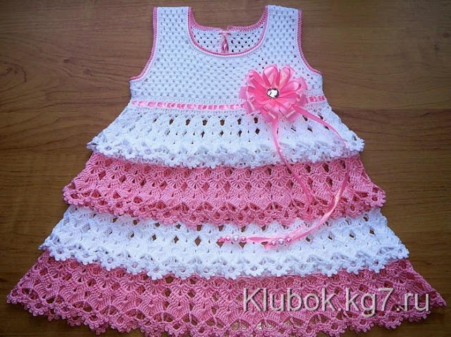 Crochet Dress for Hot Days with Graphic