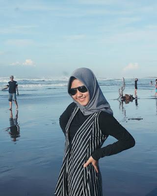Pantai Jayanti : Foto Pantai