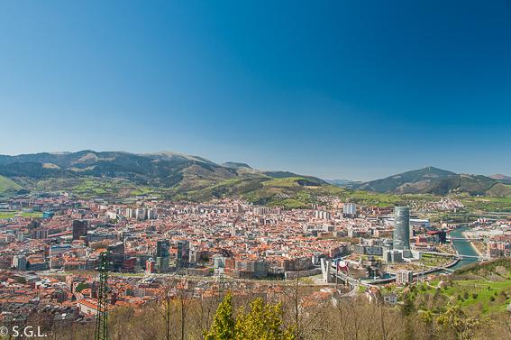 Bilbao desde el monte Artxanda. Bilbao por una bilbaina