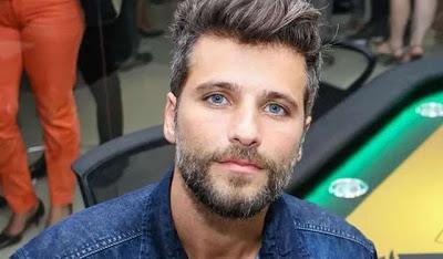 O Banco Itaú anunciou por meio de sua página no Twitter que o ator Bruno Gagliasso