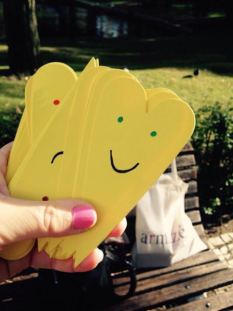 Está-aí-o-dia-Doe-Sentimentos-Positivos armazém de ideias ilimitada corações amarelos jardim da estrela