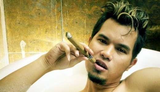 """Ahmad Dhani: """"Nanti kalo 2019 utang tambah banyak, artis-artis pendukung Jokowi gue gamparin satu satu"""""""