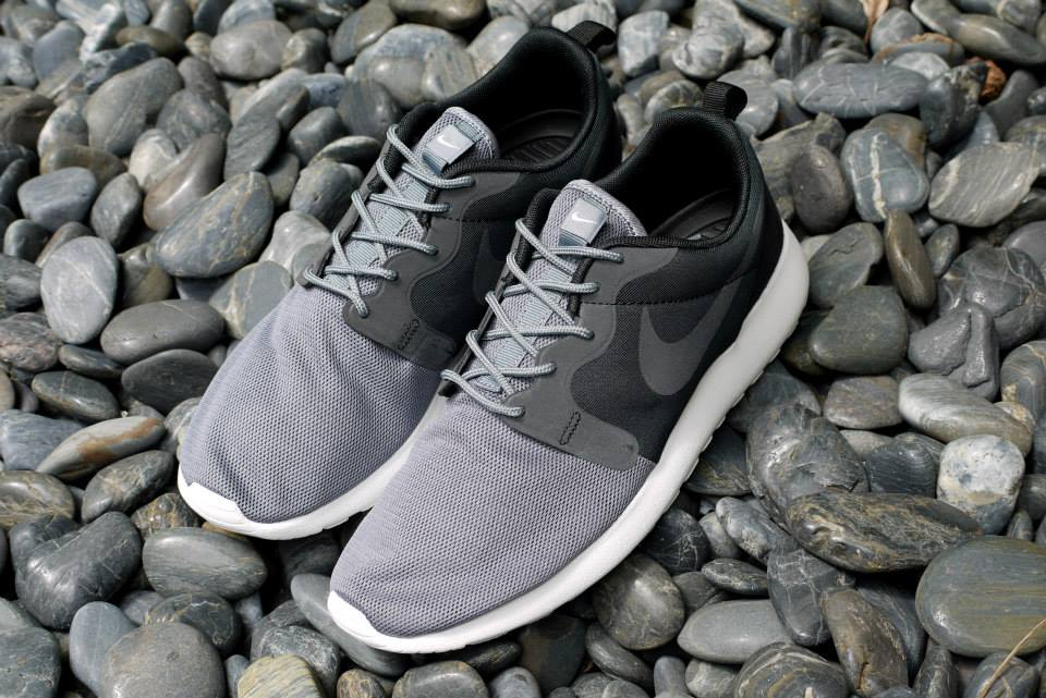 8332c932000 where to buy nike roshe run vent pack black cool grey fdbcd fbbe2