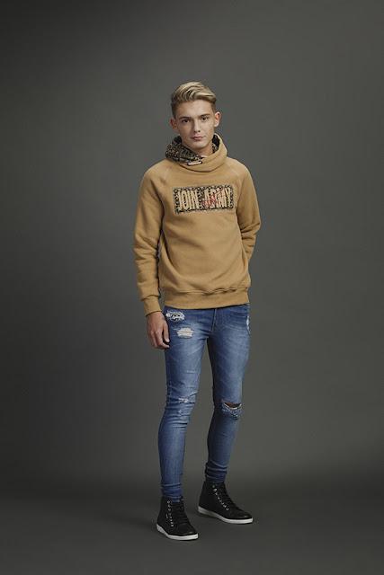 Sweaters y buzos invierno 2017. Moda juvenil otoño invierno 2017.