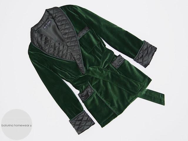 herren hausjacke samt warm smoking jacket englischer hausmantel gesteppt gefüttert edel elegant exklusiv luxus morgenmantel britisch raucher jacke