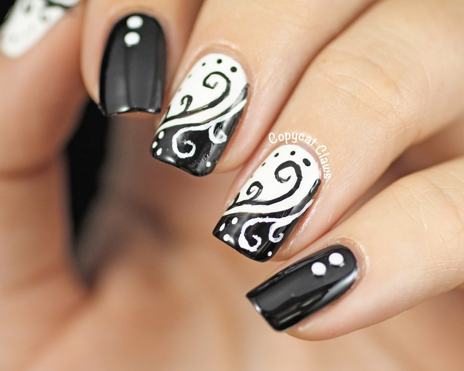 copycat claws 31dc2014 day 7 black and white swirls. Black Bedroom Furniture Sets. Home Design Ideas