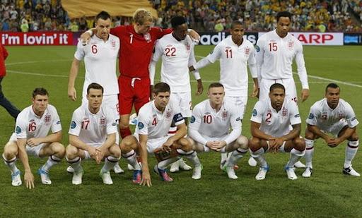 What's in Wayne Rooney's hair?