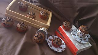 Muffins integrales de calabaza y canela con nueces y gotas de chocolate otoño receta con horno desayuno merienda postre Cuca