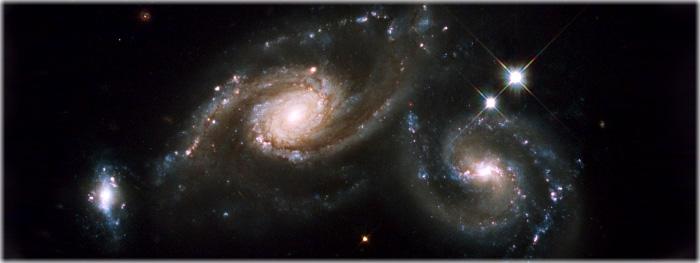 o que acontece com os planetas quando as galáxias colidem