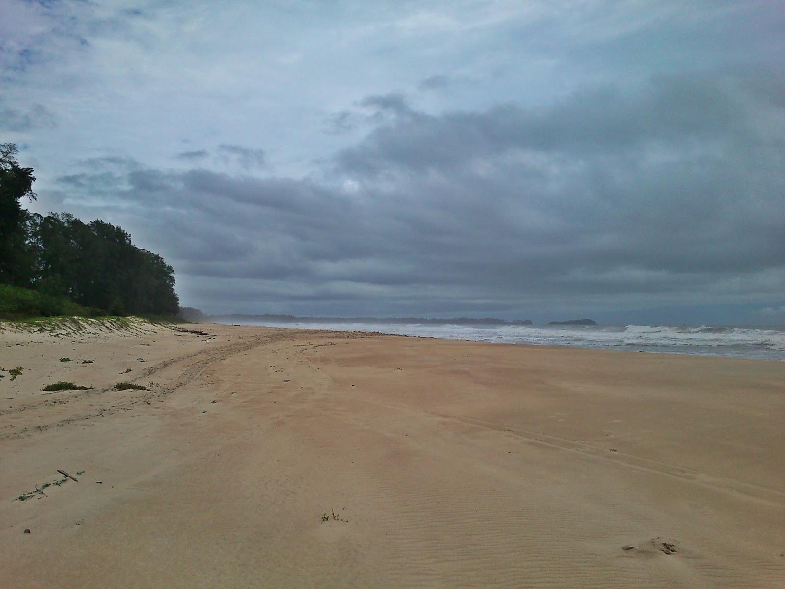 NIfISH tRAVELOGUES: Aravali Beach (Sindhudurg)