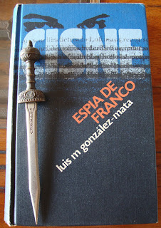 Portada del libro Cisne, de Luis M. González-Mata