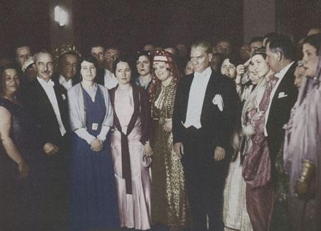 29 Ekim 1923 Mustafa Kemal Ataturk