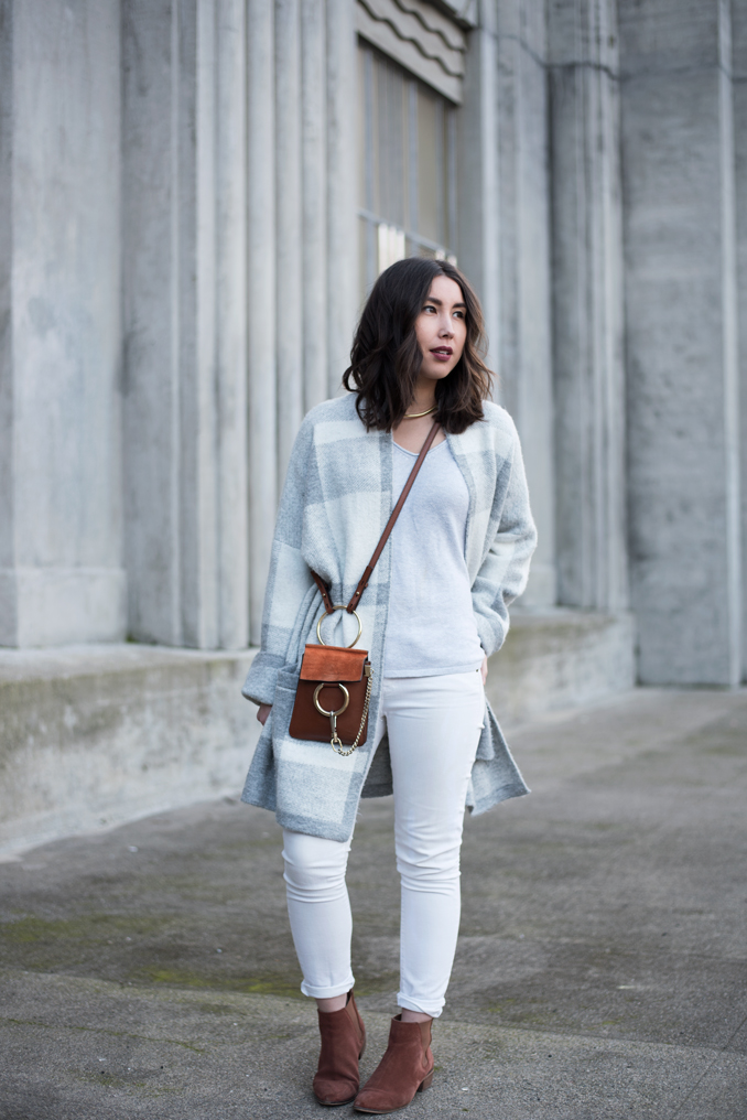 Neutral winter white outfit with oversize sweater