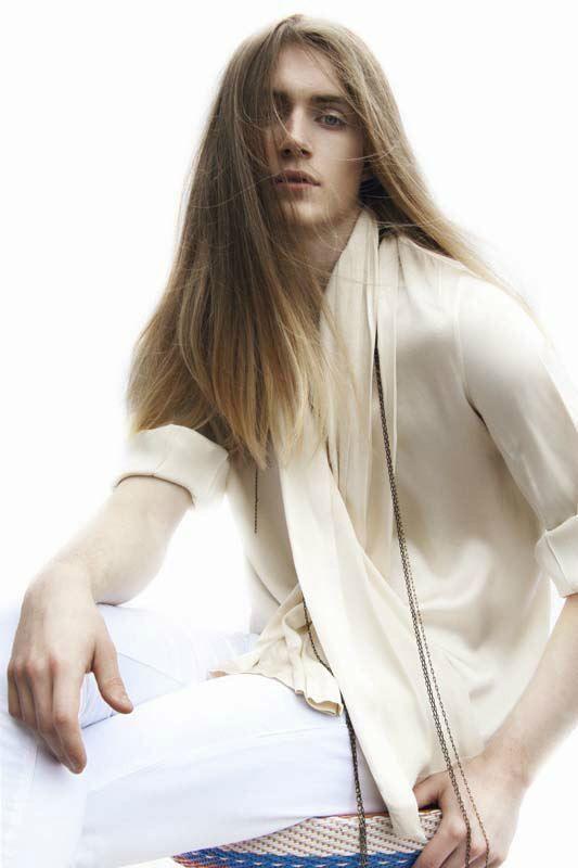 aqu las mejores imgenes de peinados de moda para hombres con pelo largo invierno como fuente de inspiracin