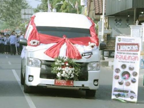 Bus wisata pangulinan Purwakarta