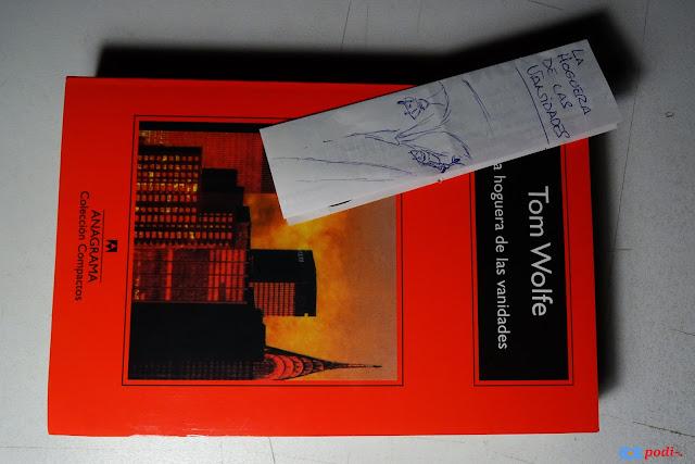 un libro que trata sobre Nueva York: la hoguera de las vanidades