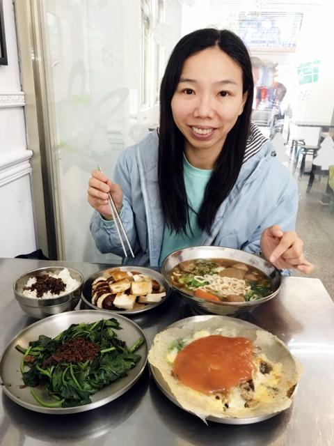 小品蘆洲素食蚵仔煎吃美食~蘆洲素食老店