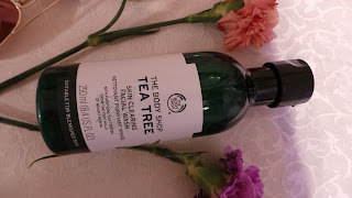 Tea Tree Skin Clearing Facial Wash Review