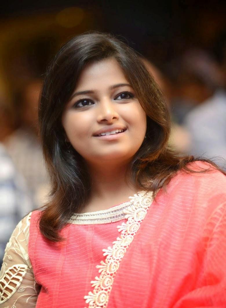 Jahnavi Geminit TV Anchor Salwar Kameez Pictures   Jahnavi