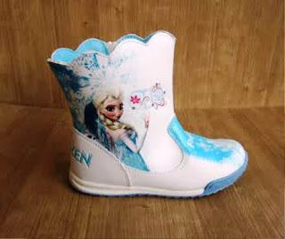Sepatu Boot Anak Perempuan Gambar Frozen