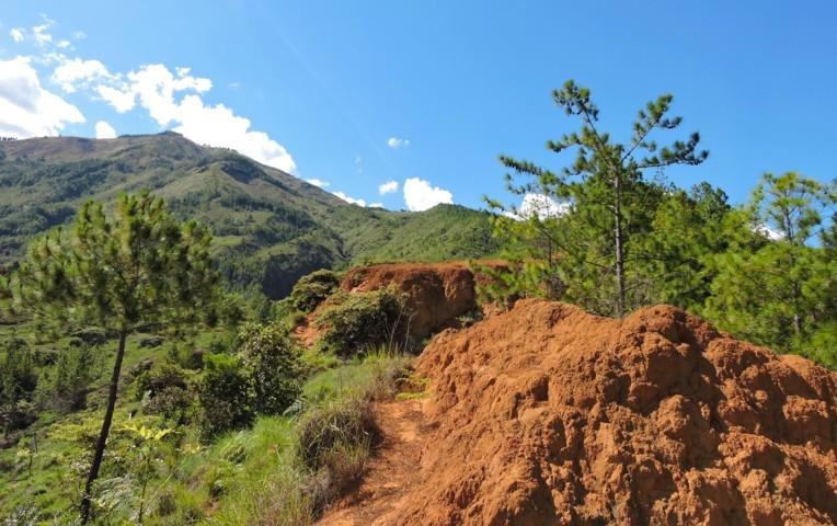cerro quitasol en niquia camacol bello antioquia