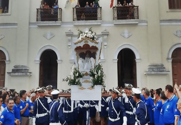 Festas-Nossa-Senhora-das-Neves