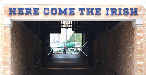 Jim Small S Notre Dame Go Irish Blog Www Ndgoirish Com A Notre Dame Blog New Tunnel Signage For Notre Dame Football