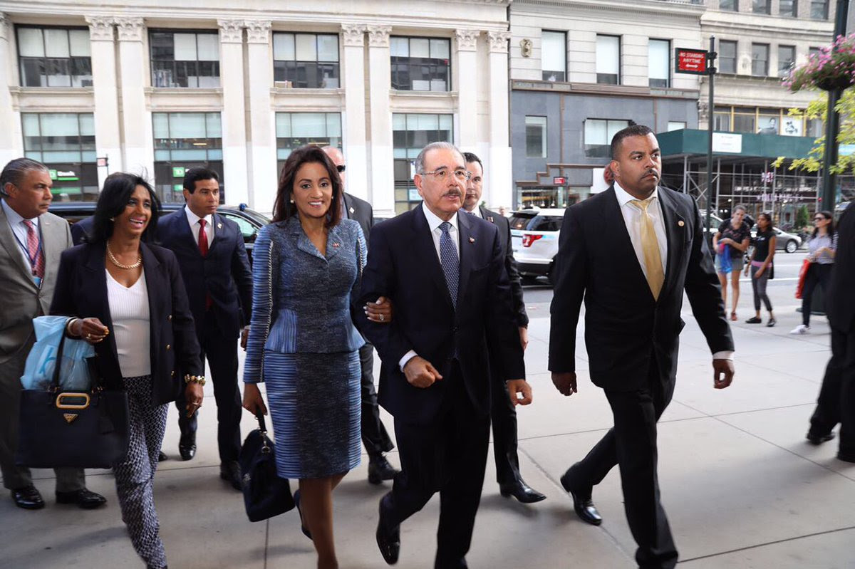Danilo Medina llega a Nueva York para participar en 72va. Asamblea General ONU