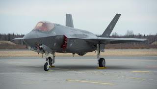 Jet Siluman F-35