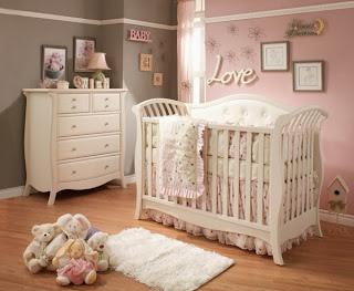 Habitación bebé rosa marrón