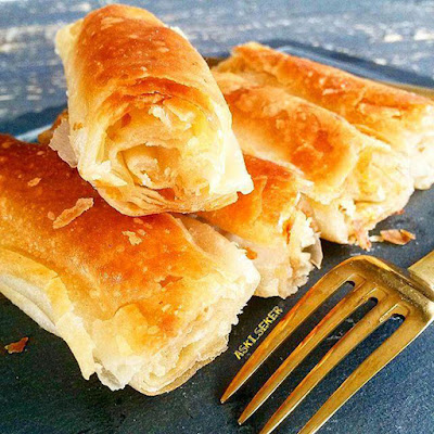 Boşnak Böreği tarifi nasıl yapılır kolay lezzetli tam ölçülü balkan hamurişi yemek tarifleri