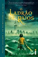 http://perdidoemlivros.blogspot.com.br/2014/08/resenha-o-ladrao-de-raios.html