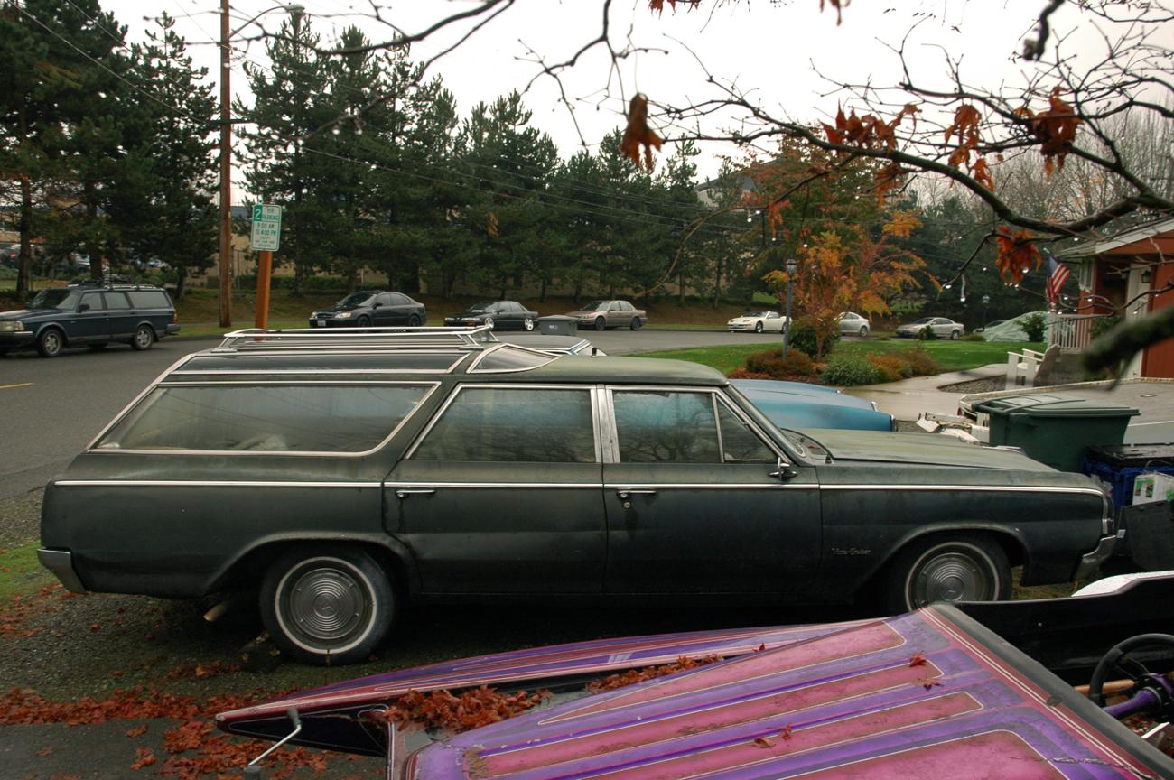 Oldsmobile Vista Cruiser F Station Wagon