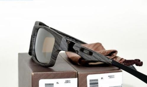 dedc1dec08 ayieeyewear  Oakley Jupiter Squared Woodgrain Polarized Lenses