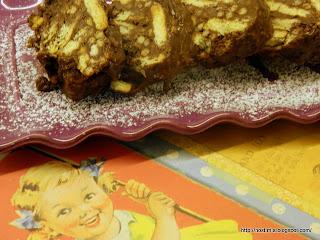 Σαλάμι ή κορμός ή μωσαικό:Το γλυκό των παιδικών μας χρόνων-A sweet...salami!
