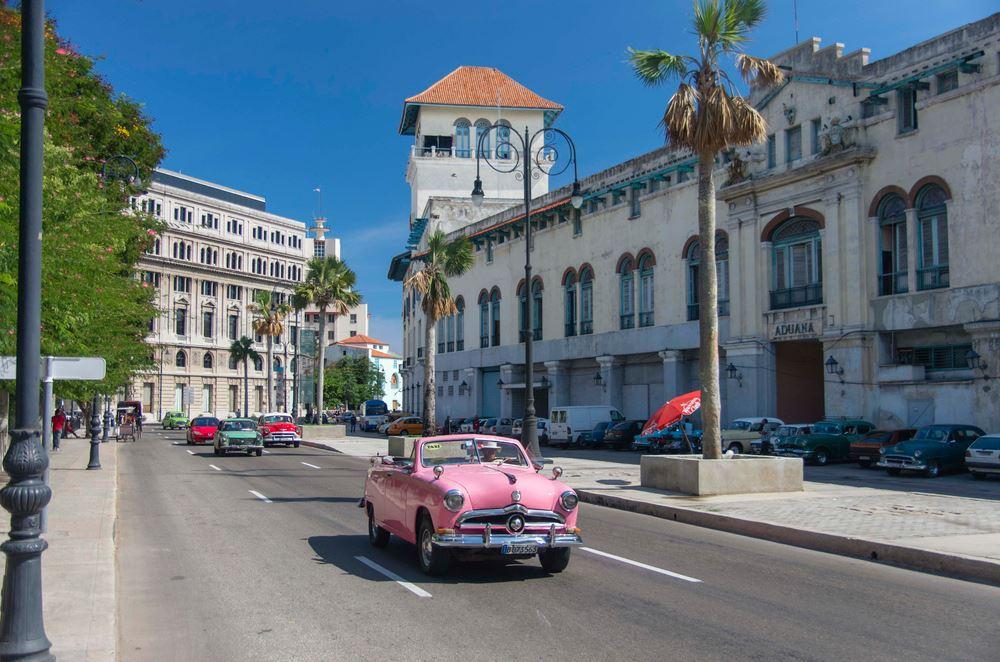 La Avenida del Puerto de La Habana, un hermoso paseo