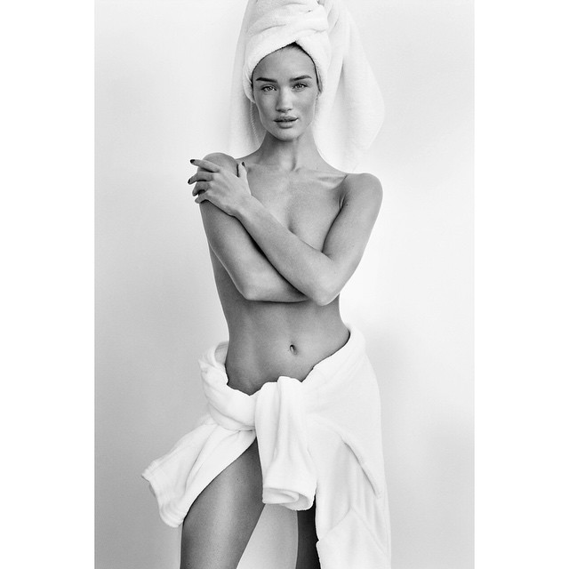 Rosie Huntington-Whiteley is bare faced and gorgeous for Mario Testino's Towel Series