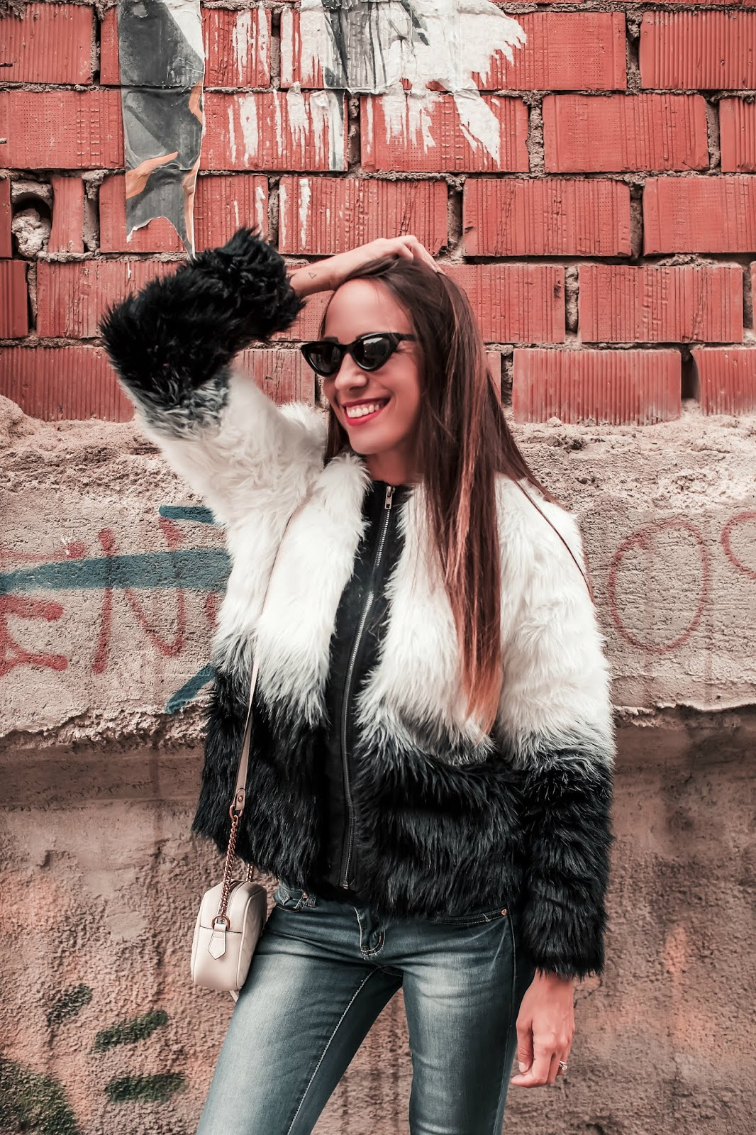 pelliccia bianco nero