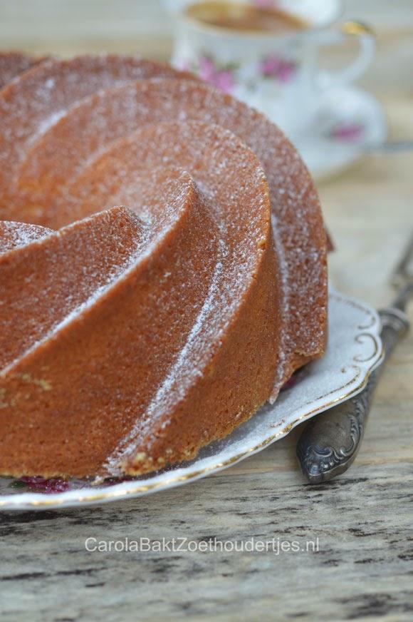 Roomboter cake bakken