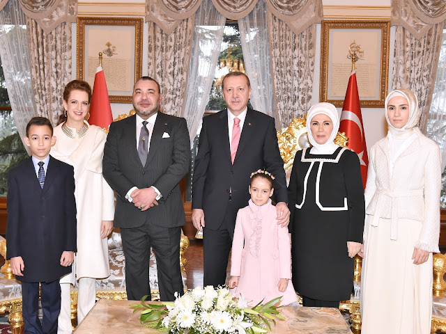 The Turkish president was accompanied, on this occasion, by his spouse Emine Erdogan and daughter Sumeyye Erdogan