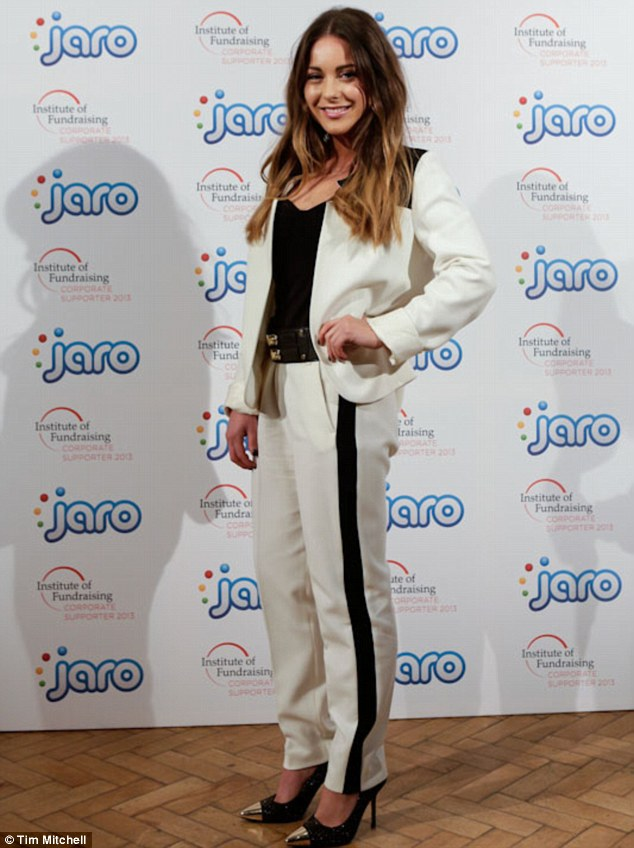 Louise Thompson, Made in Chelsea, Monochrome, White, Black, Panel Detail, Jacket, Blazer, Trouser Suit, Jaro, MIC, Suit, Monochrome, Illusion Panels, 3/4 Trousers, Tailored, Cropped, Fitted, Side Panel,