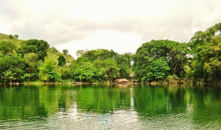Balanan-Lake-surrounding-landscapes