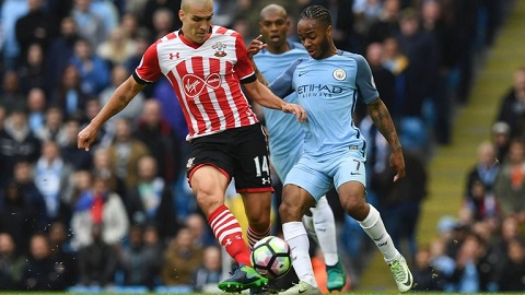 Romeu đang cái tên không thể thiếu ở hàng tiền vệ Southampton