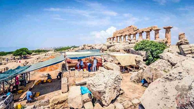 Ανακαλύφθηκε μια  βιομηχανία της  Μεσολιθικής περιόδου στην ακρόπολη του ελληνικού Σελινούντα στην Σικελία .