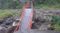 Jembatan Plompong Sirampog Putus